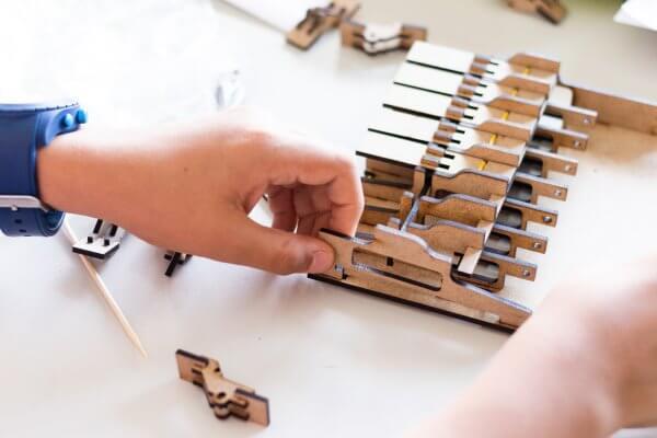 Campos de Férias de Verão The Inventors Piano